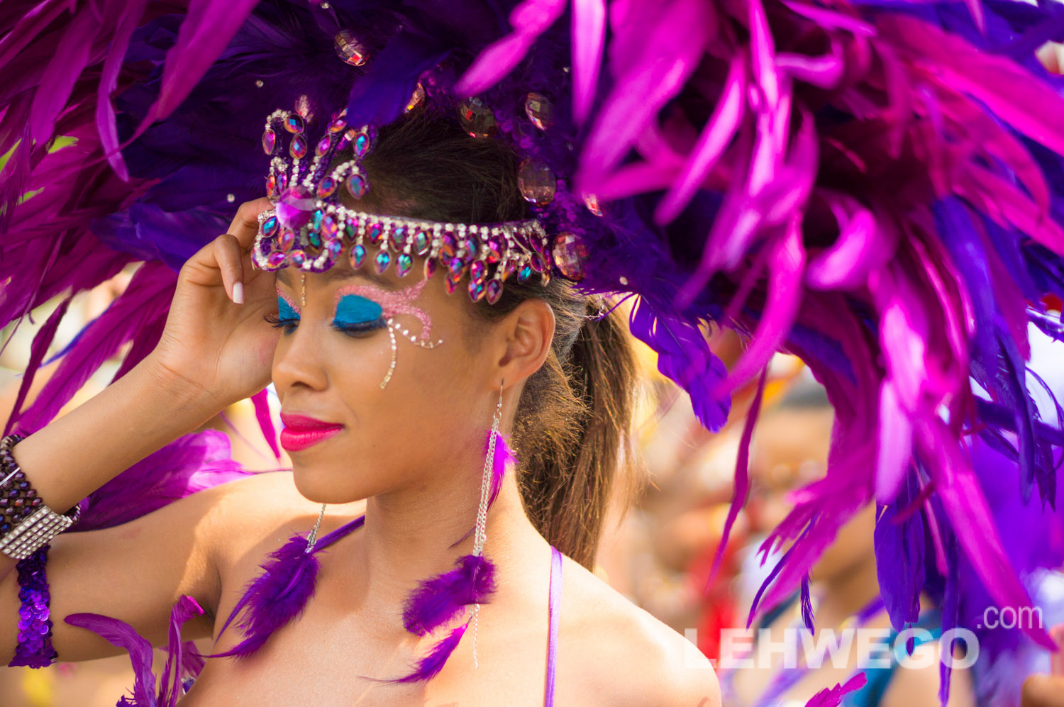 So you want a frontline costume for Carnival 2014?…It's more than JUST a costume